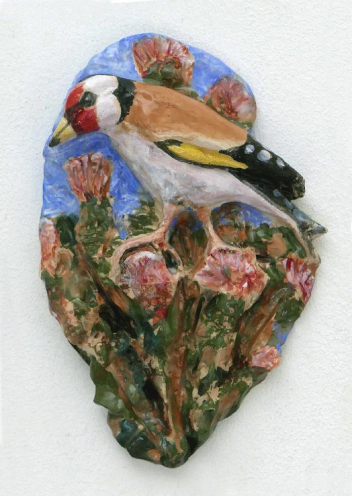 Distelvink V (2019) ceramic, 12 x 14 x 4 cm